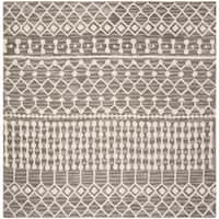 Safavieh Handmade Blossom Modern & Contemporary Dark Grey / Ivory Wool Rug - 6' x 6' Square