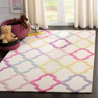 Safavieh Handmade Safavieh Kids Modern & Contemporary Ivory / Multi Wool Rug - 6' x 9'