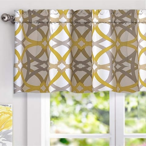 Carson Carrington Jarvenpaa Geo Trellis Pattern Window Valance - 52 x 18
