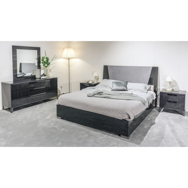 Shop Contemporary Gray Lacquer Wood Bedroom Set