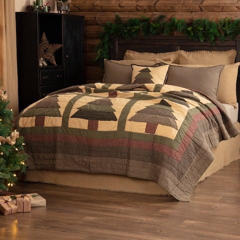 VHC Evergreen Green Rustic & Lodge Seasonal Bedding Sequoia Quilt