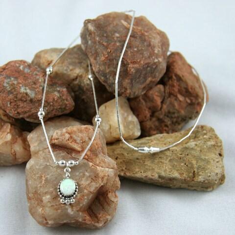 Handmade Oval Elegance White Opal Necklace (India)