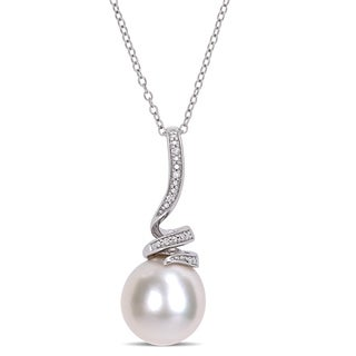 Miadora Sterling Silver Cultured Freshwater Pearl Diamond Swirl Pearl Drop Necklace (11-12mm)