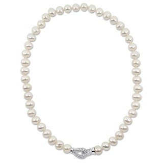 Miadora Sterling Silver Cultured Freshwater Pearl CZ Clasp Necklace (9-10mm)