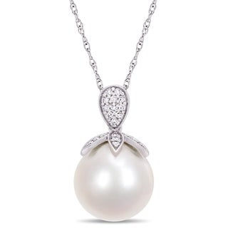 Miadora 10k White Gold Cultured Freshwater Pearl 1/10ct TDW Diamond Drop Necklace (11-12mm)