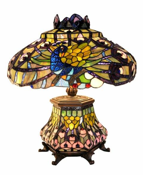 Tiffany-style Peacock Lantern Table Lamp