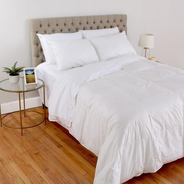 Spa Luxe® 700 Fill Power PurDown™ Lightweight Comforter