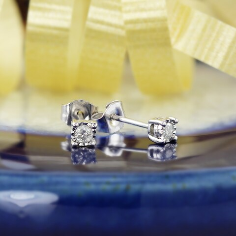 Auriya Sterling Silver 1/10ct TDW Round Diamond Stud Earrings