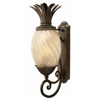 Hinkley Plantation 1-Light Outdoor Wall Mount in Pearl Bronze