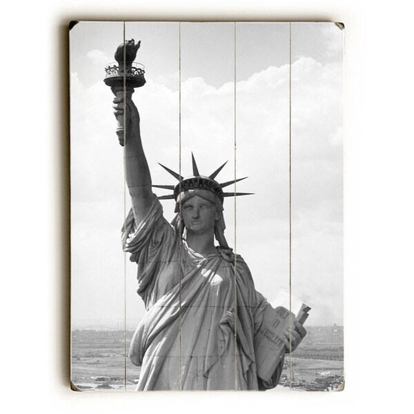 New York City Statue of Liberty - Planked Wood Wall Decor by Underwood Photo Archive