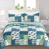 Barbados Collection 3-Piece Reversible Quilt Set with Shams