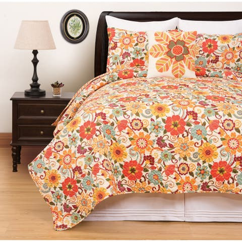Courtney Floral Quilt Set
