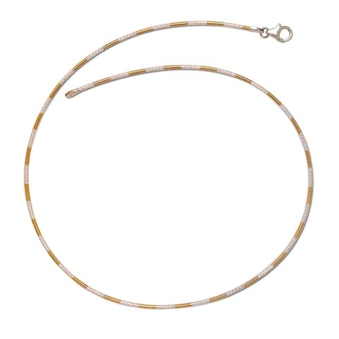 Curata Italian Sterling Silver Two-tone 2mm Diamond-cut Round Omega Chain Necklace (16 or 18 inches)