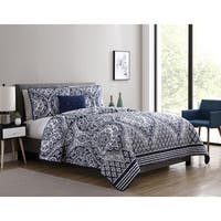 VCNY Home Tori Ogee Medallion Quilt Set