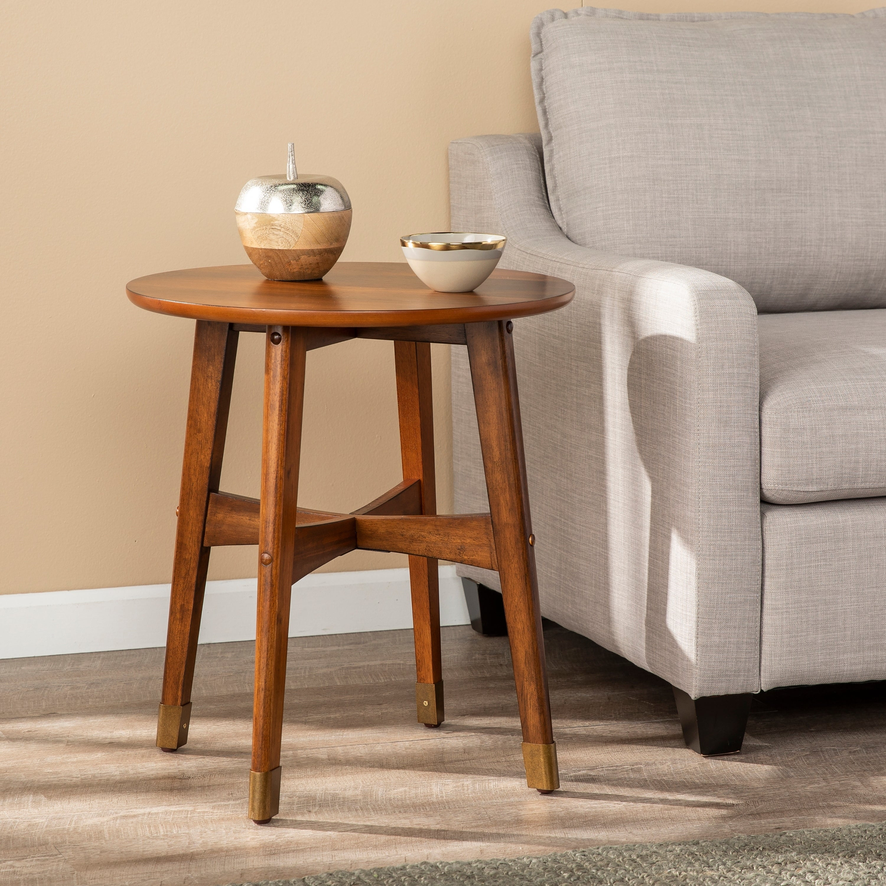 Picture of: Morgenstern Round Midcentury Modern End Table On Sale Overstock 22701035