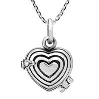 Handmade Elegant Hearts Sterling Silver Locket Necklace (Thailand)