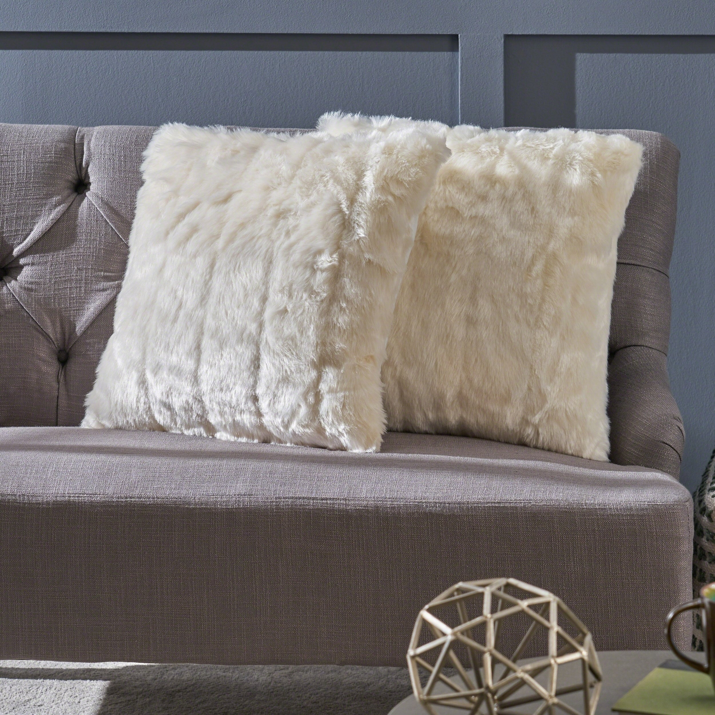 Brilliant Details About Warrin Furry Glam Faux Fur Throw Pillow Set Of 2 By Dailytribune Chair Design For Home Dailytribuneorg
