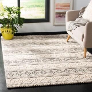Safavieh Handmade Natura Southwestern Geometric Grey / Ivory Wool Rug - 8' x 10'