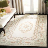 Safavieh Handmade Aubusson Traditional Oriental Ivory / Pink Wool Rug - 5' x 8'