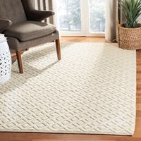Safavieh Handmade Vermont Transitional Geometric Ivory Wool Rug - 8' x 10'