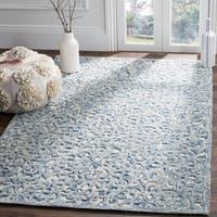 Safavieh Handmade Trace Contemporary Geometric Blue / Ivory Wool Rug - 4' x 6'