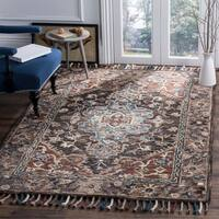Safavieh Handmade Aspen Bohemian Southwestern Charcoal / Light Brown Wool Rug - 7' x 7' Square