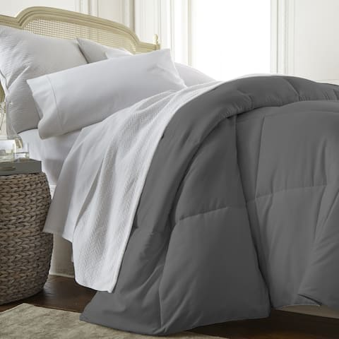 Becky Cameron Luxury All-Season Down Alternative Comforter