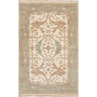 eCarpetGallery  Hand-knotted Royal Ushak Cream Wool Rug - 4'0 x 6'2
