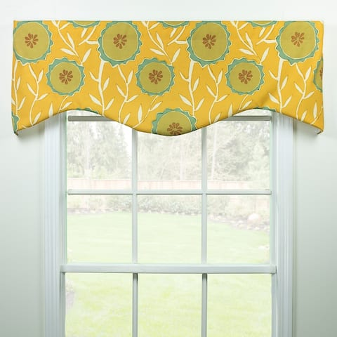 Malta floral shaped valance