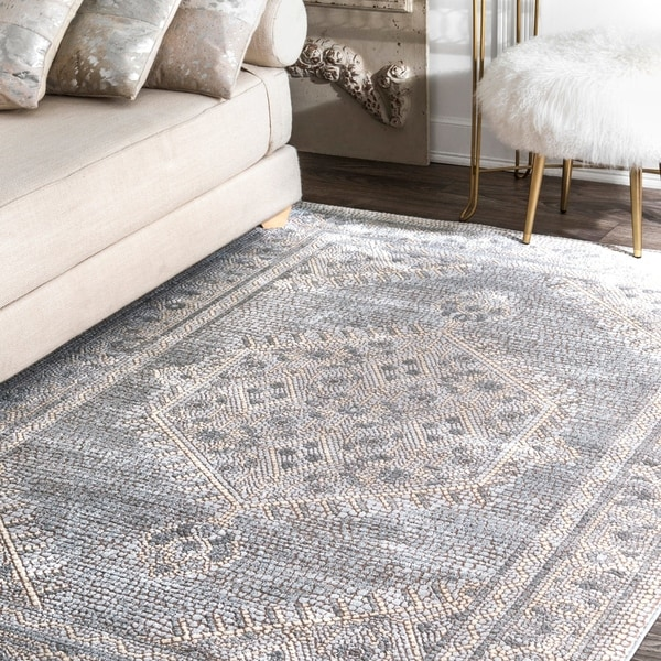 nuLOOM Traditional Vintage Faded Medallion Stone Dot Border Area Rug