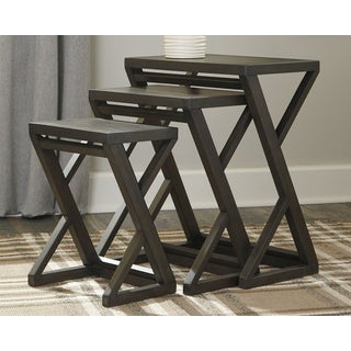 Carinburg Casual Brown Nesting Tables, Set of 3