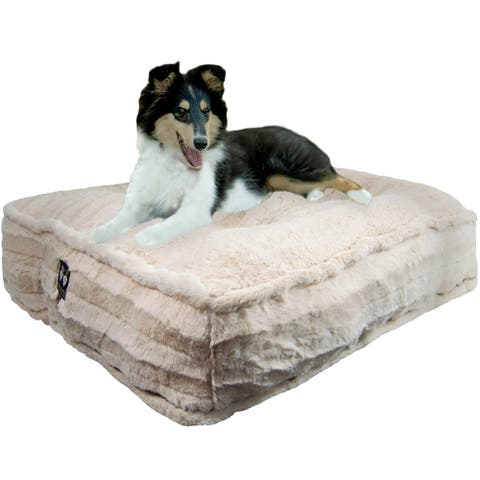 Bessie and Barnie Natural Beauty Ultra Plush Faux Fur Luxury Durable Sicilian Rectangle Pet/Dog Bed