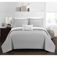 Chic Home Shala 4 Piece Interlaced Vine Pattern Quilt Cover Set
