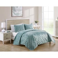 VCNY Home Diana Pinsonic Quilt Set