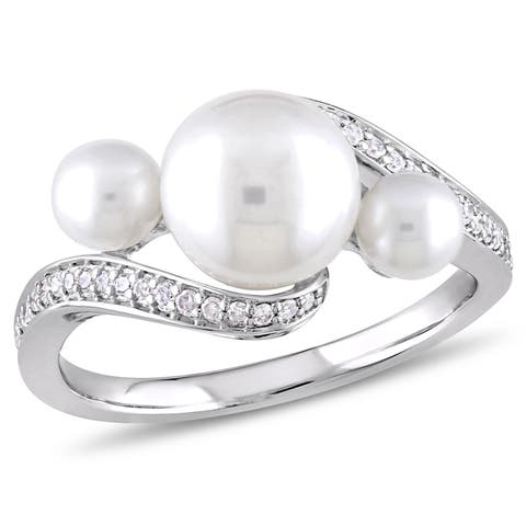 Miadora 10k White Gold Cultured Freshwater Pearl 1/6ct TDW Diamond Bypass Ring (8-9mm)