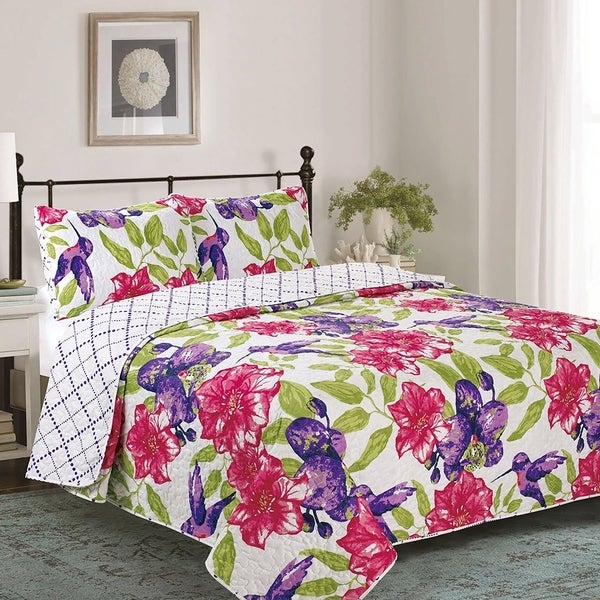 Elisa Piece Reversible Floral Quilt Set - Hummingbird Floral