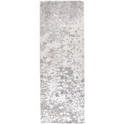 "Grand Bazaar Orin Silver Area Rug (2'10"" x 7'10"") - 2'10"" x 7'10"""