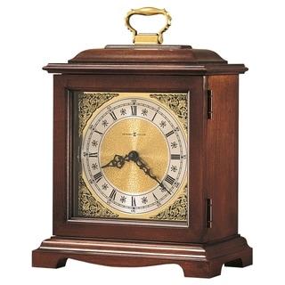 Howard Miller Reloj del Estante Graham Bracket III Widsor Cherry-finished Wooden Chiming Mantel Clock with Silence Option