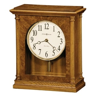 Howard Miller Carly Classic, Transitional, Old World, Chiming Mantel Clock with Pendulum and Silence Option, Reloj del Estante