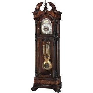 Howard Miller Transitional Reagan Grandfather Clock Style Standing Clock with Pendulum and Movements, Reloj de Pendulo de Piso