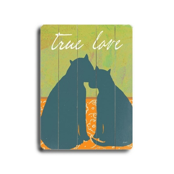 True love - Planked Wood Wall Decor by Lisa Weedn