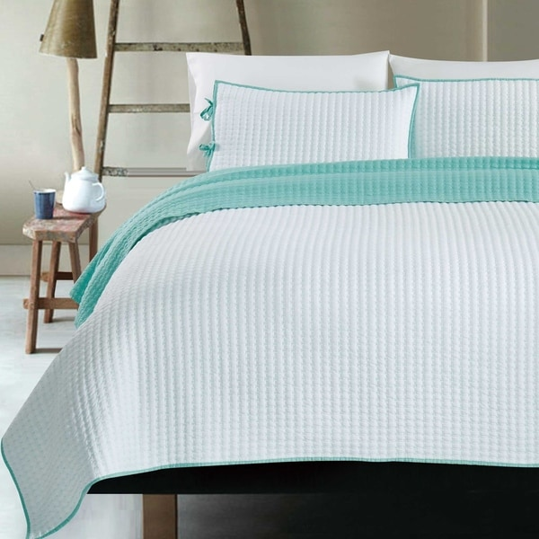 Turquoise Blue White Reversible 3 pc Quilt Set Coverlet Full Queen King Bedding