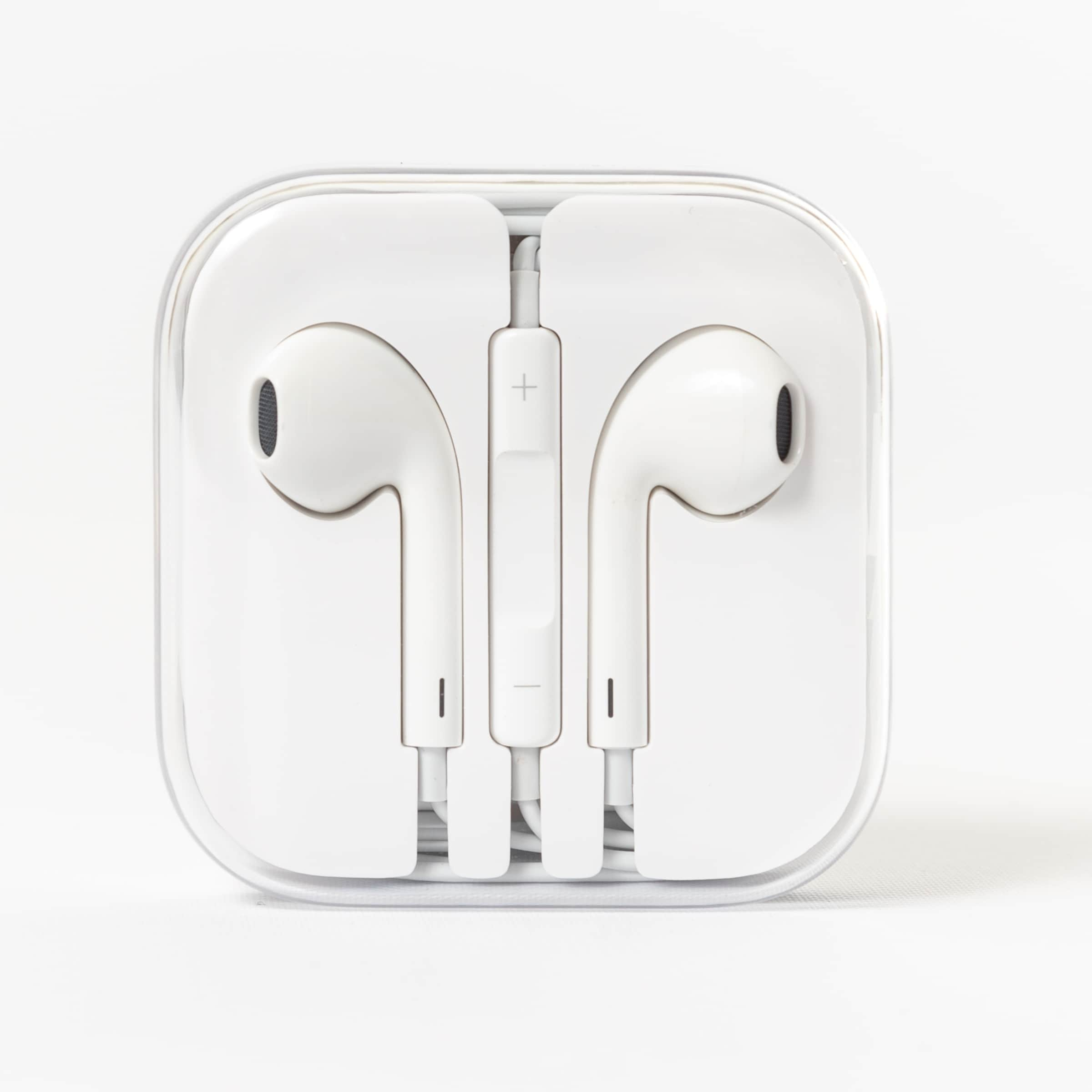 20510bdd728 Shop Apple EarPods to 3.5mm Wired In-Ear Headphone - White - Free Shipping  On Orders Over $45 - Overstock - 22851894