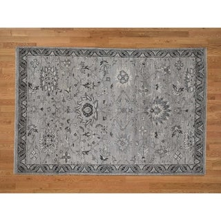 "Hand Knotted Grey Heriz with Wool Oriental Rug (5'6"" x 8'2"") - 5'6"" x 8'2"""