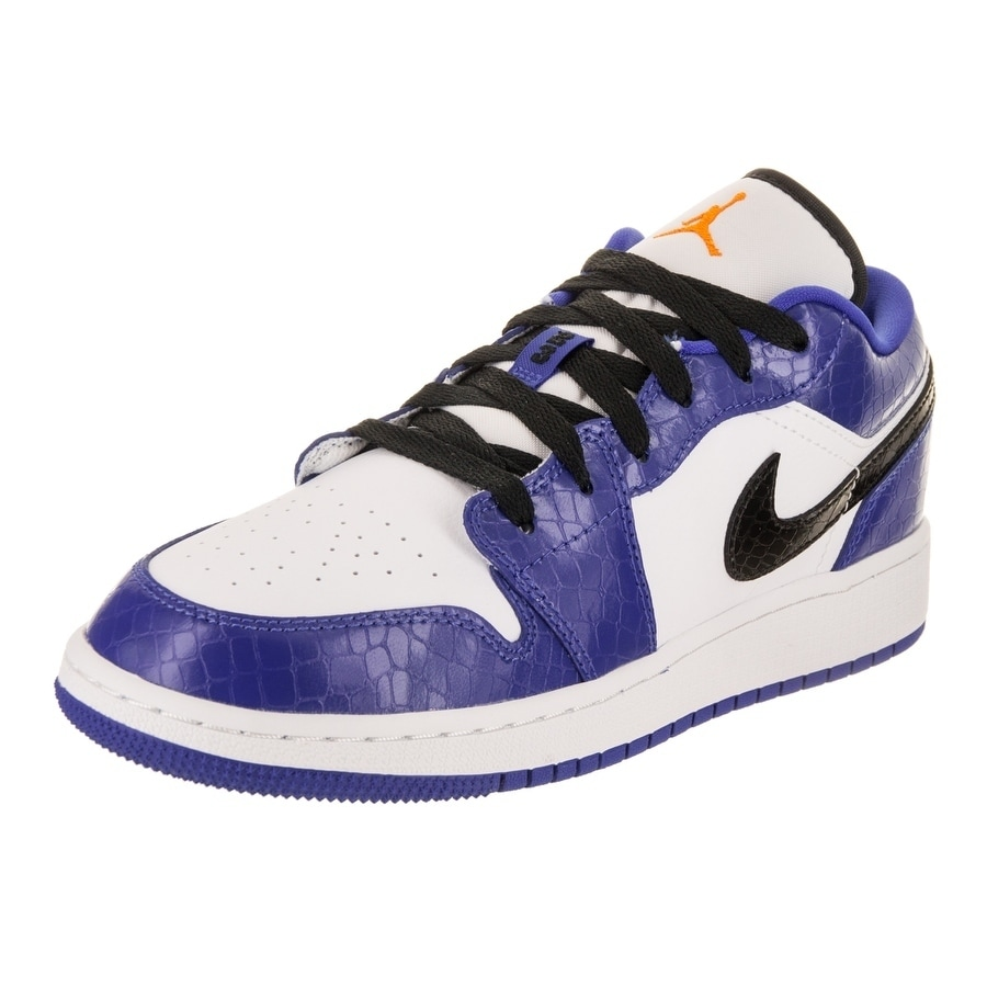 37fc0ed7 Nike Jordan Kids Air Jordan 1 Low BG Basketball Shoe