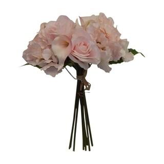 Hydrangea, calla lily and rose bouquet