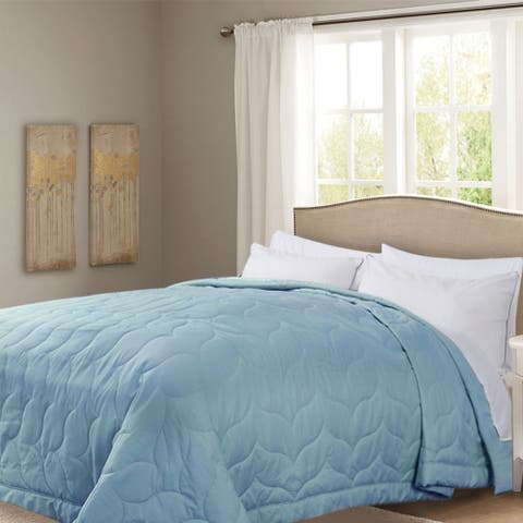 Honeymoon Queen Down Alternative Comforter Hypollergenic, Moonshine