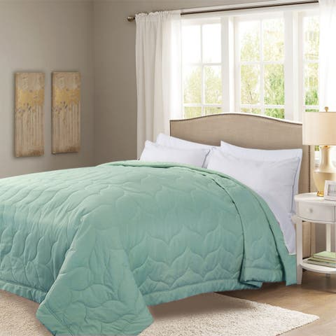 Honeymoon Queen Down Alternative Comforter Hypollergenic, Aqua