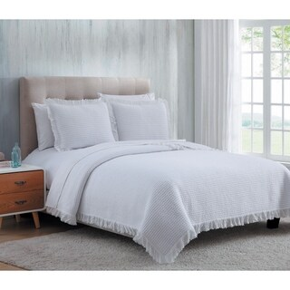 Beautiful Cotton Quilt Set With Textured Design And Fringed Borders