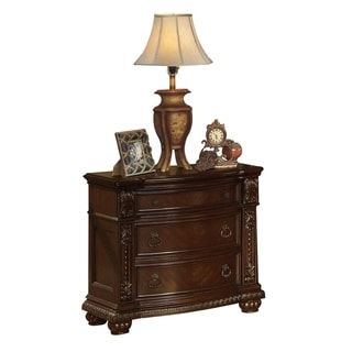 Traditional Style Wooden Nightstand with 3 Drawers in Cherry Brown